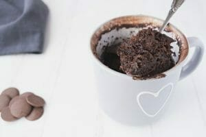 cake-recipes-with-microwave-oven-chocolate-mug-cake-featured-image